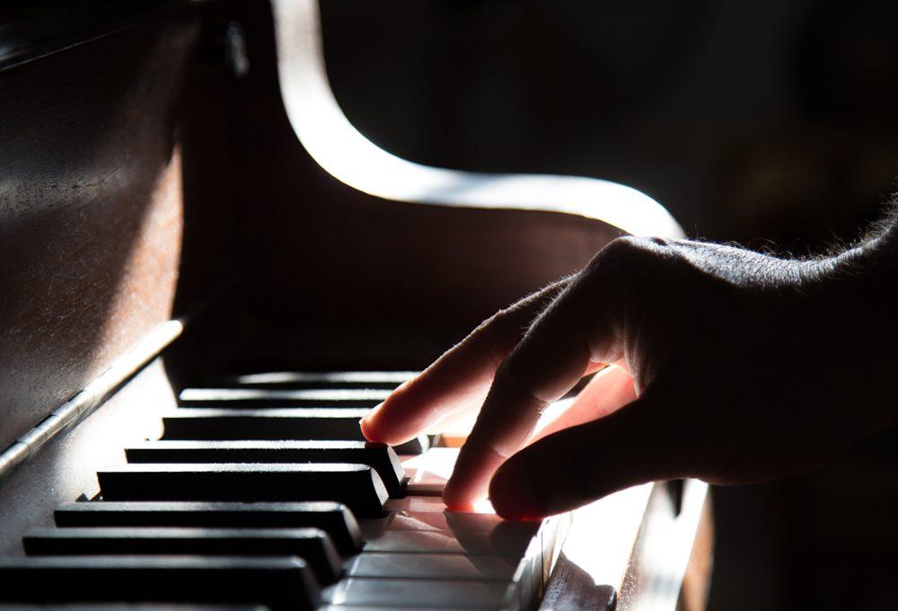 音楽業界とAI、その進化と新たな課題とは:デジタル音楽ジャーナリスト ジェイ・コウガミ氏に聞く